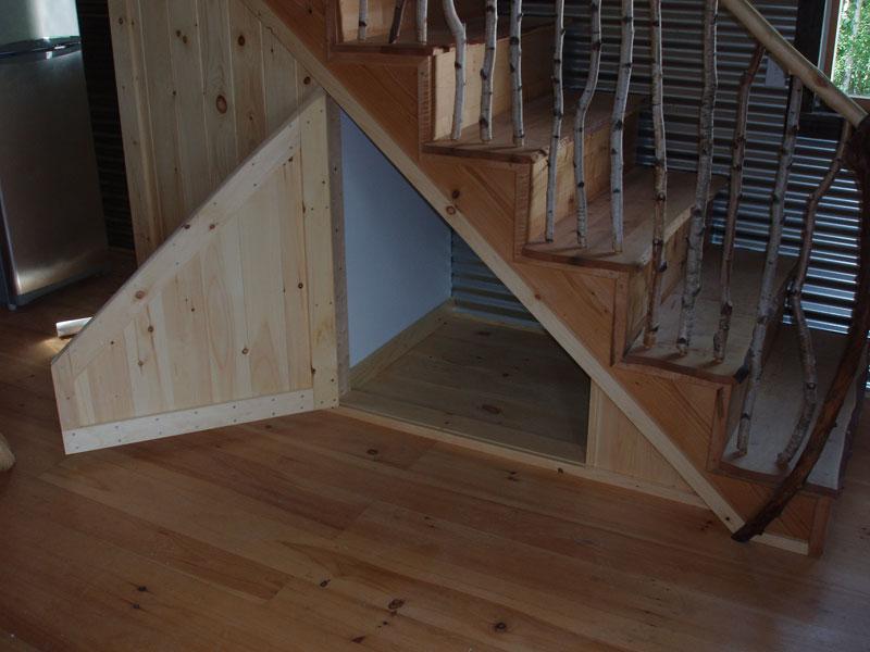 understairscubby